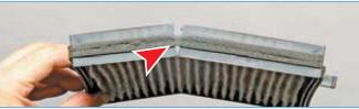 …и складываем фильтр по технологическим разрезам его рамки (для наглядности показано на снятом фильтре).